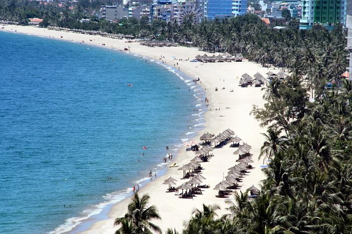 Пляж в заливе Нячанг
