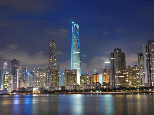 Шанхай - торговый центр