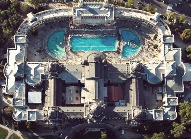 Лечебная купальня Сечени