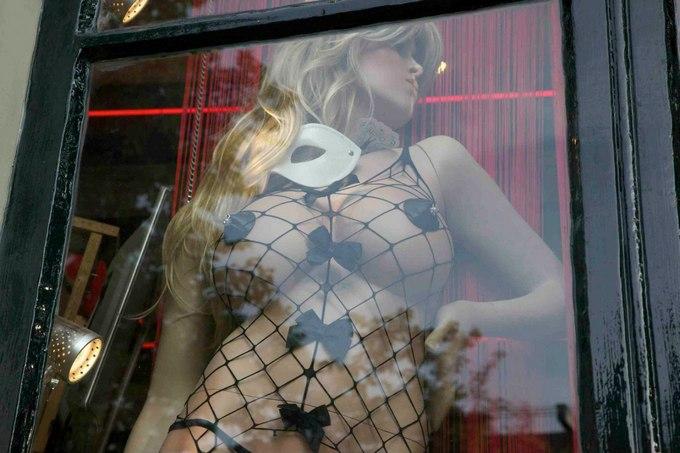 Проституция  Википедия