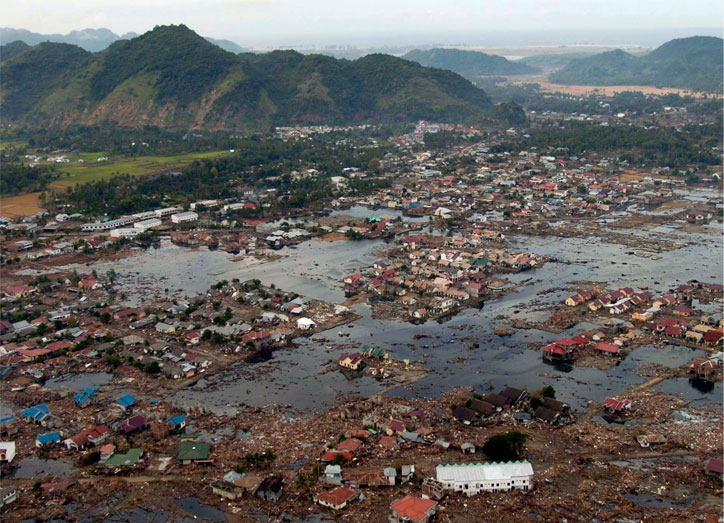 Фото цунами в Тайланде