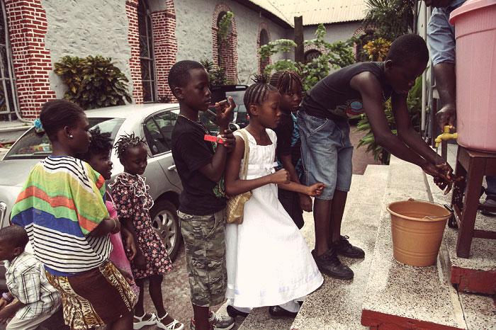 смертельная лихорадка в Африке
