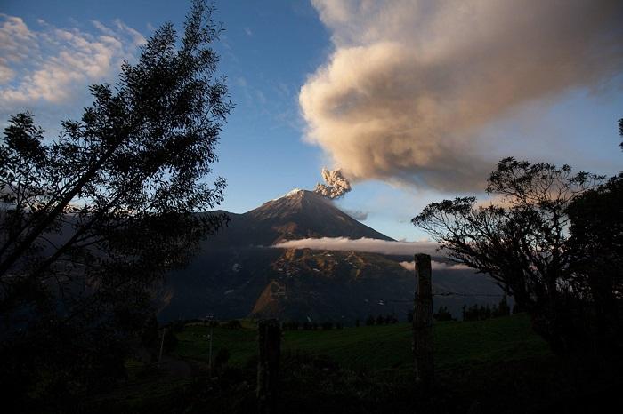 Вулкан в Эквадоре