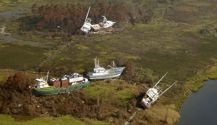 Корабли после урагана