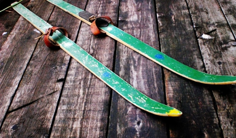 деревянные лыжи