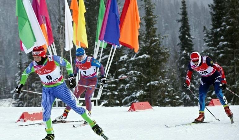 Забег лыжников