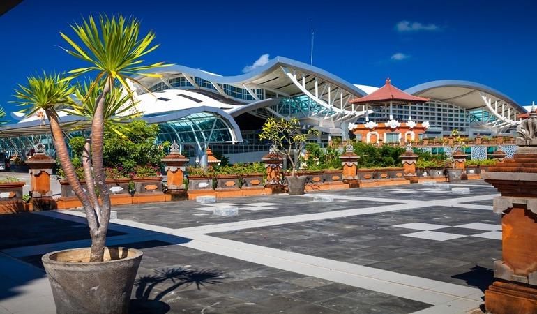 Фото аэропорт Нгурах-Рай