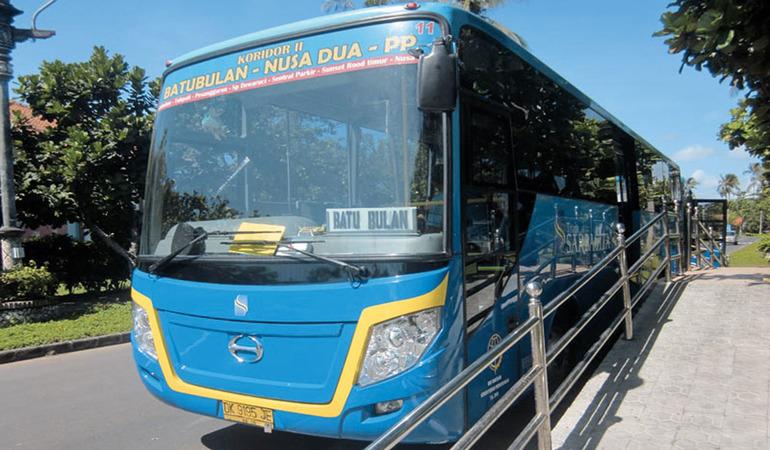 Фото автобуса из аэропорта