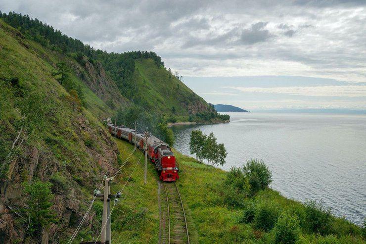Поезд на Байкал
